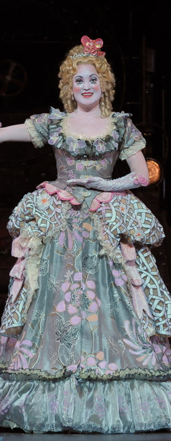 """Olympia's full-length gown conceals a remote-controlled tricycle in Lyric Opera of Chicago's """"Tales of Hoffmann"""""""