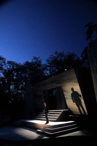 "APT's ""Hamlet,"" starring Matt Schwader and designed by Takeshi Kata and Andrew Boyce with lighting by Michael A. Peterson, plays at the Up The Hill Theatre (Carissa Dixon)"