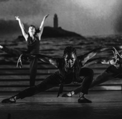 Teneisha Bonner in a freewheeling Afro-Cuban dance. (Courtesy Broadway in Chicago)
