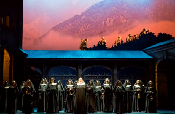 'Climb Every Mountain' finale in 'The Sound of Music' Lyric Opera Chicago 2014. (Todd Rosenberg)