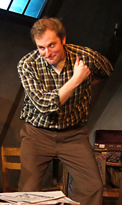 Jimmy (Joseph Wiens) strikes a mocking pose in 'Look Back in Anger.' (Jan Ellen Graves)