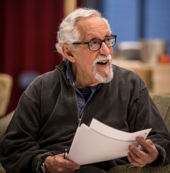 Mike Nussbaum, at age 90, will reprise his role in Noah Haidle's 'Smokefall' for Goodman Theatre