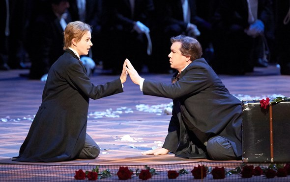 Tannhäuser (Robert Dean Smith) finds a sympathetic spirit in a young shepherd (Annika Gerhards). (Michael Poehn)