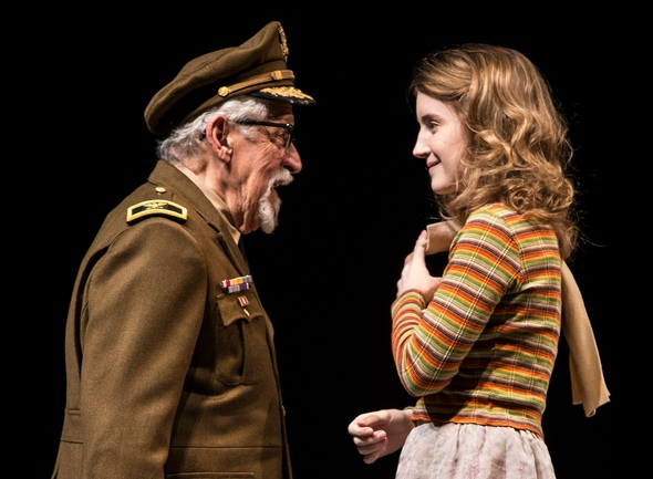 The Colonel (Mike Nussbaum) dotes on his granddaughter Beauty (Catherine Combs) in 'Smokefall' at Goodman Theatre. (Liz Lauren) (2)