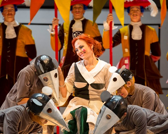 Adoring rats boost cinder girl Angelina's spirit in Rossini's 'La Cenerentola,' starring Isabel Leonard at the Lyric Opera of Chicago. (Todd Rosenberg)