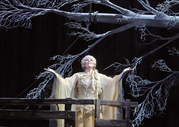 Soprano Sondra Radvanovsky in the Kevin Newbury production of 'Norma'
