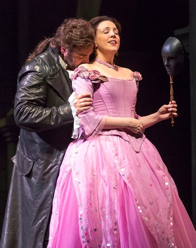 It's love at first sight for Romeo (Joseph Calleja) and Juliet (Susanna Phillips). (Todd Rosenberg)