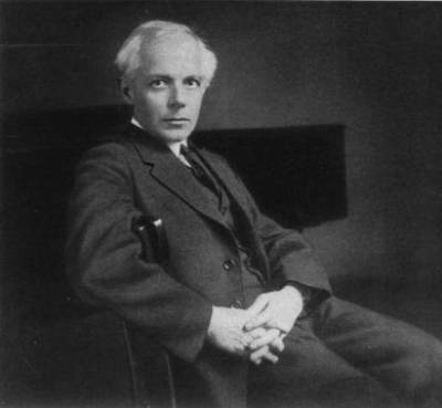Composer Béla Bartók in 1927, about 10 years before he wrote his Violin Concerto No. 2. (Wiki)
