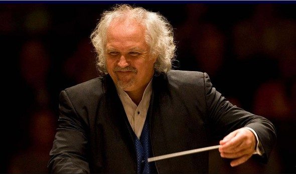 Donald Runnicles, guest conductor with the Chicago Symphony Orchestra.