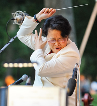 Mei-Ann Chen, music director of the Sinfonietta