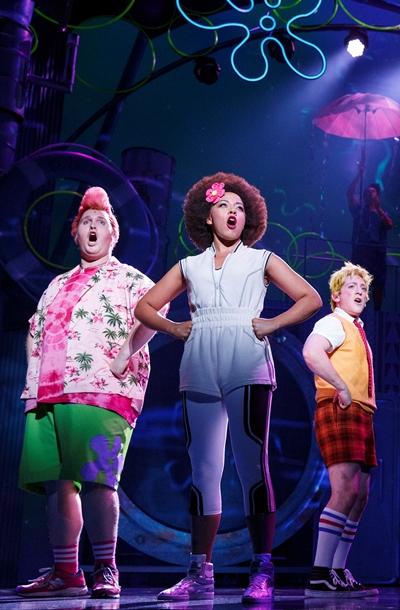 Amigos Patrick Star (Danny Skinner), Sandy Cheeks (Lilli Cooper) and SpongeBob (Ethan Slater). (Joan Marcus)