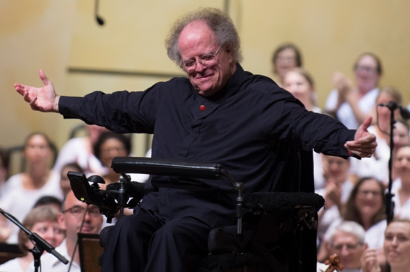 James Levine happily basks in applause at Ravinia. (Patrick Gipson)