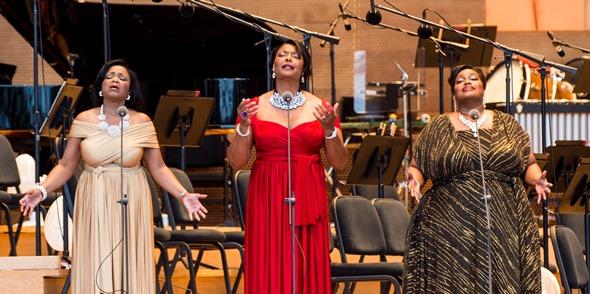 TreDiva (from left, Elizabeth Norman-Sojourner, Anisha McFarland, Jonita Lattimore) offered a medley of spirituals. (Norman Timonera)