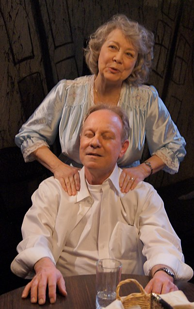 His wife Linda (Jan Ellen Graves) is always there to reassure Willy (Brian Parry). (Kimberly Loughlin)