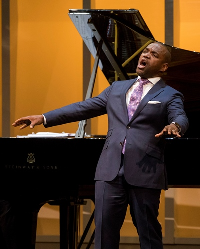 Lawrence Brownlee: The tenor morphs into Sinatra. (Todd Rosenberg)