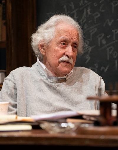 Mike Nussbaum captures the Einstein look down to his toes. (Michael Brosilow)