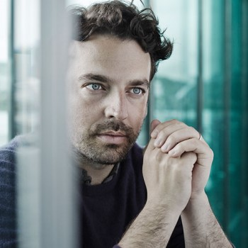 James Gaffigan leads the Lucerne Symphony in symphonies of Brahms and Beethoven.