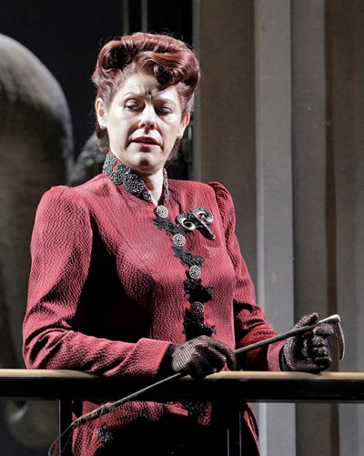 Wotan's wife Fricka (Tanja Ariane Baumgartner) derails Wotan's plan on moral grounds.