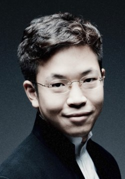 Paul Huang is the soloist for Barber's Violin Concerto.