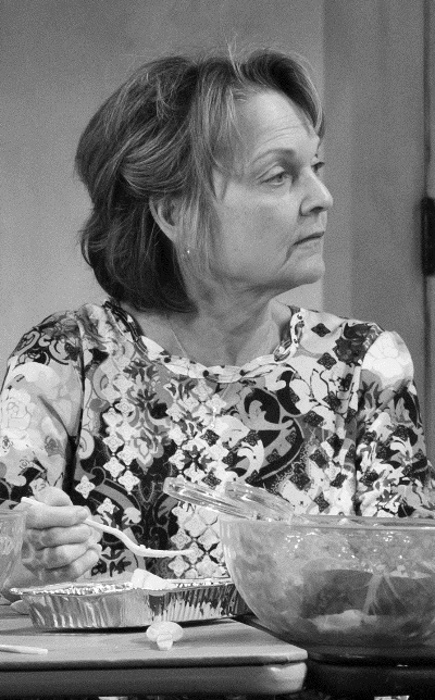 Aimee's mother (Pamela Reed) has some acerbic words for her daughter's dwelling. (Julieta Cervantes)