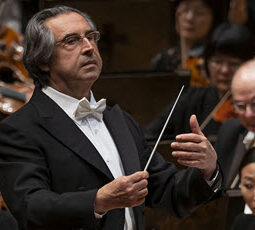 Muti conducts the CSO Todd Rosenberg 550 230 feature img