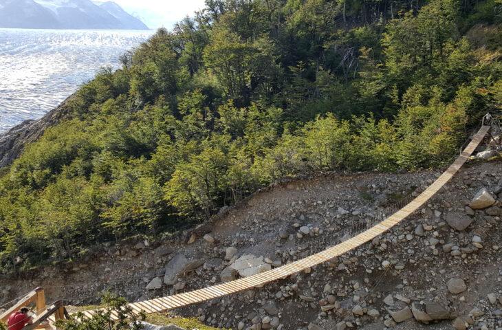 Third Quebrada bridge completed