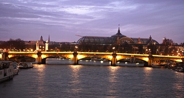 Bridges in Paris