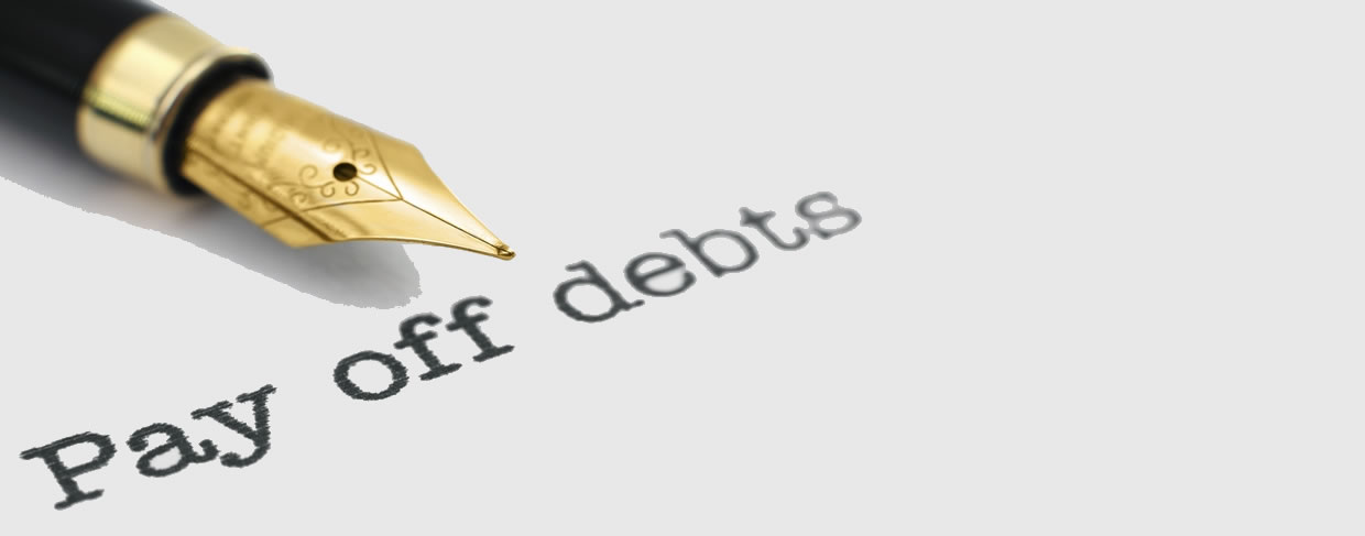Read more about the article How to Deal with Holiday Credit Card Debt