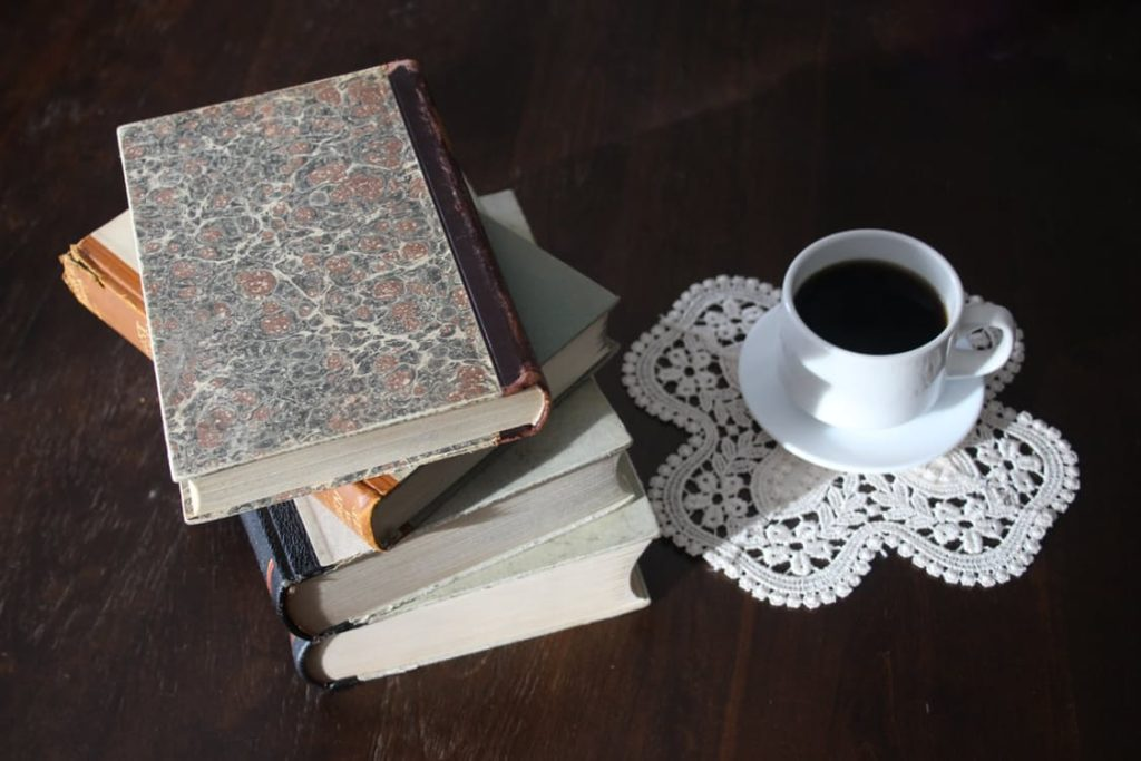 books-old-book-stack-vintage-159796