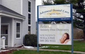 Advanced Dental Sign