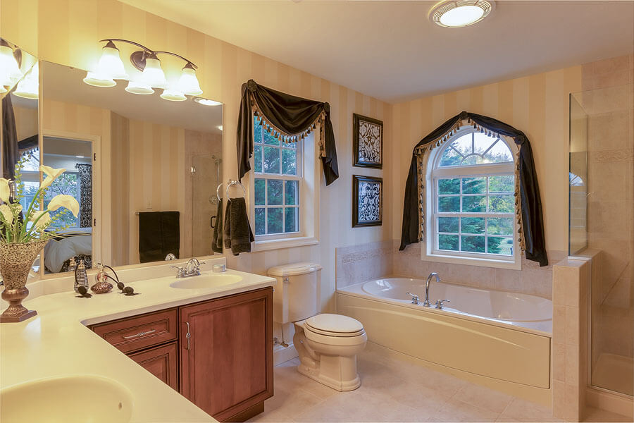 Luxury bathroom photo by State College real estate photographer Rusty Glessner