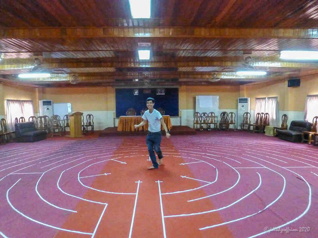 Camboidan labyrinth walker