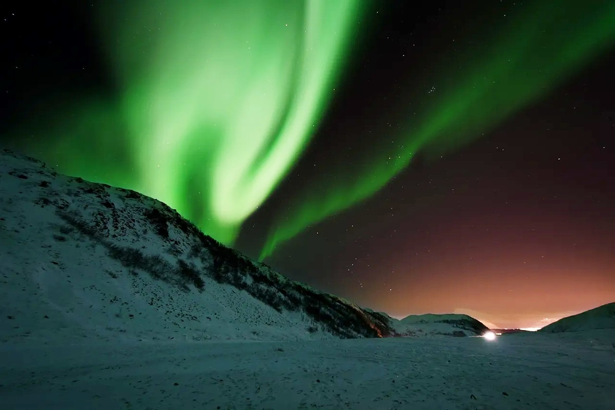 Image of the aurora borealis, as part of a blog about chasing the Northern Lights in Iceland.