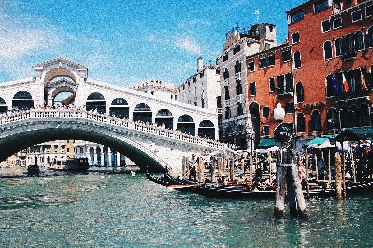 DISCOVER THE GRANDEUR OF VENICE, ITALY