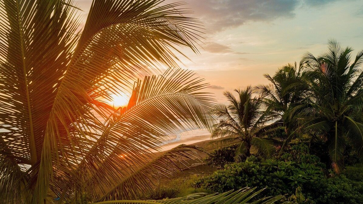 3 INCREDIBLE SPOTS IN COSTA RICA