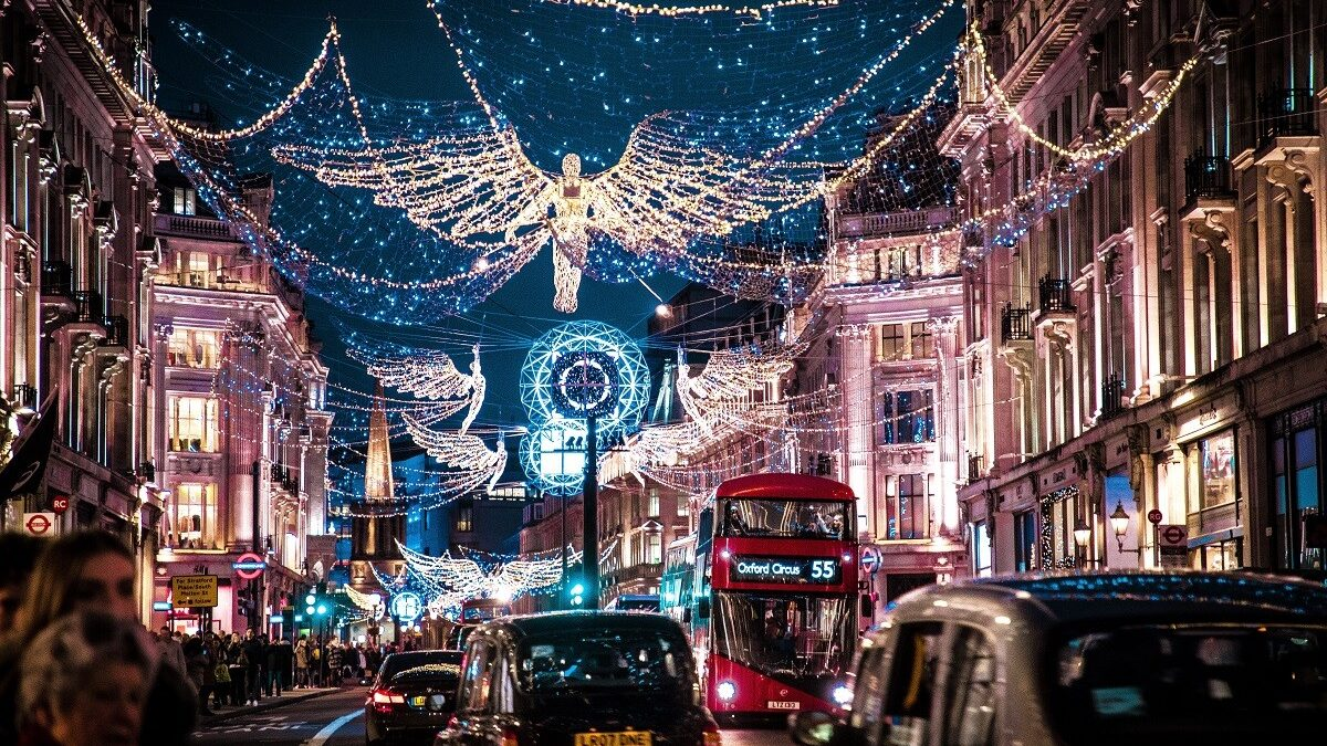 THE ULTIMATE LONDON CHRISTMAS GUIDE