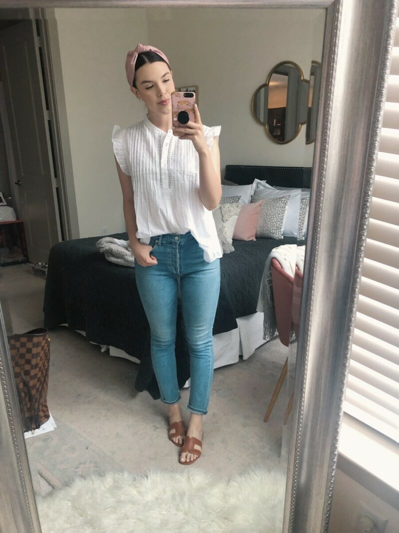 Top US fashion blog Never Without Lipstick shares her must-have summer essentials   agolde jeans, agolde high rise slim fit jeans, knotted headband, high waisted jeans outfit, summer jeans outfit