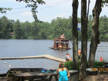 Callahan's Resort & Campground Lakefront  _beach front