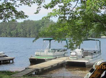 Callahan's Resort & Campground Lakefront  _pontoons for rent