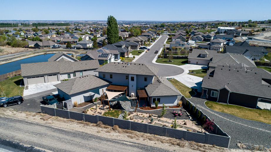 Back Yard with Community Aerial