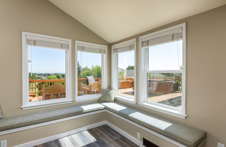 Window View with Settee 2