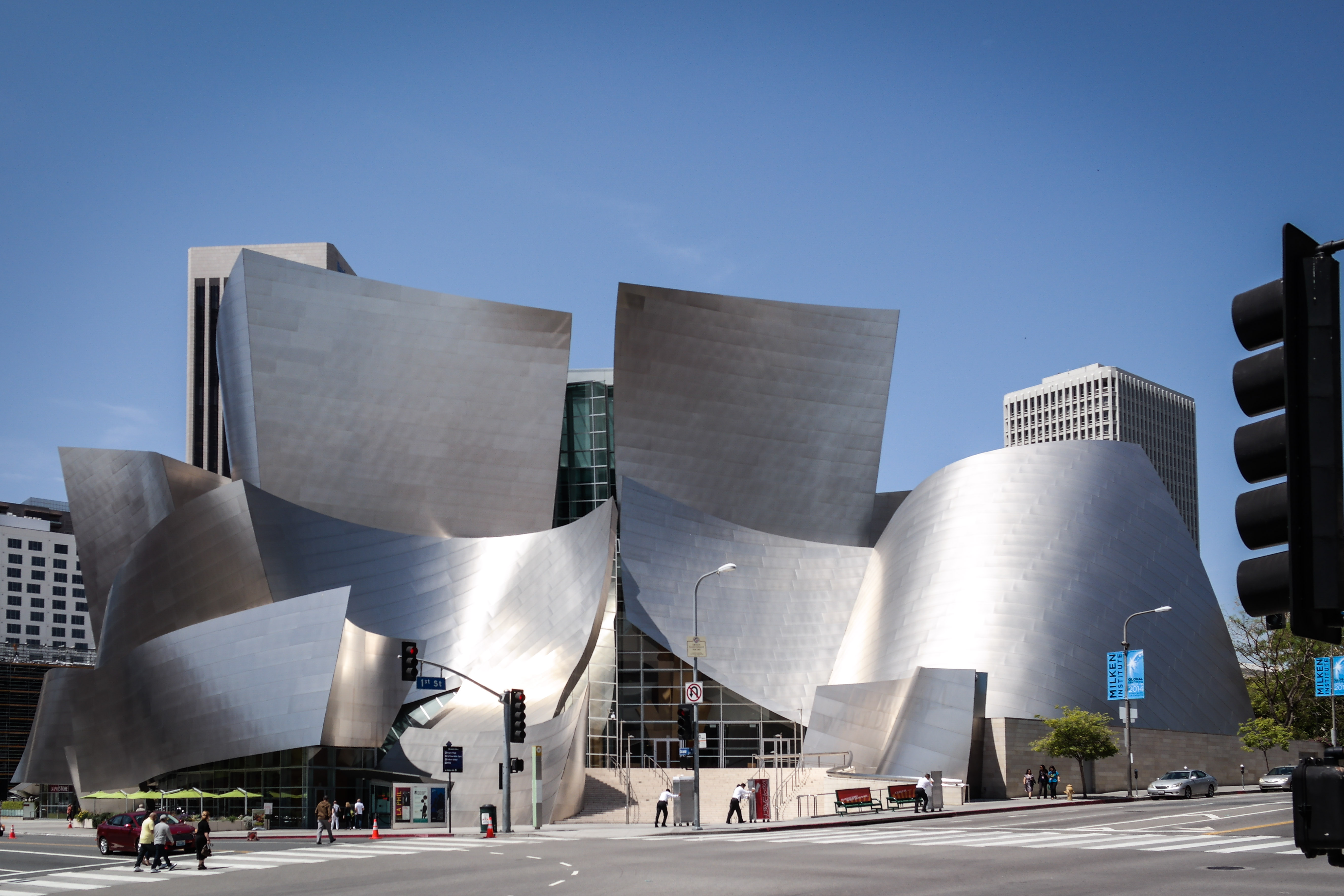 the Walt Disney Concert Hall in Los Angeles CA