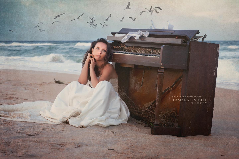 piano player, piano on the beach, orlando photographer, creative