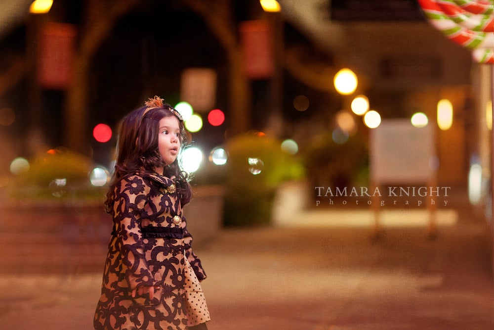 Shopping girl, Winter Park shopping orlando photographer. Visit www.tamaraknight.com