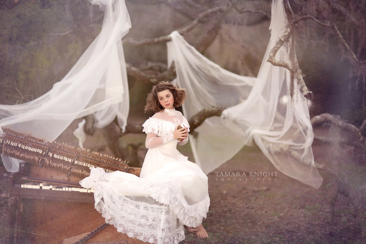 Retro wedding dress by Tamara Knight Photography