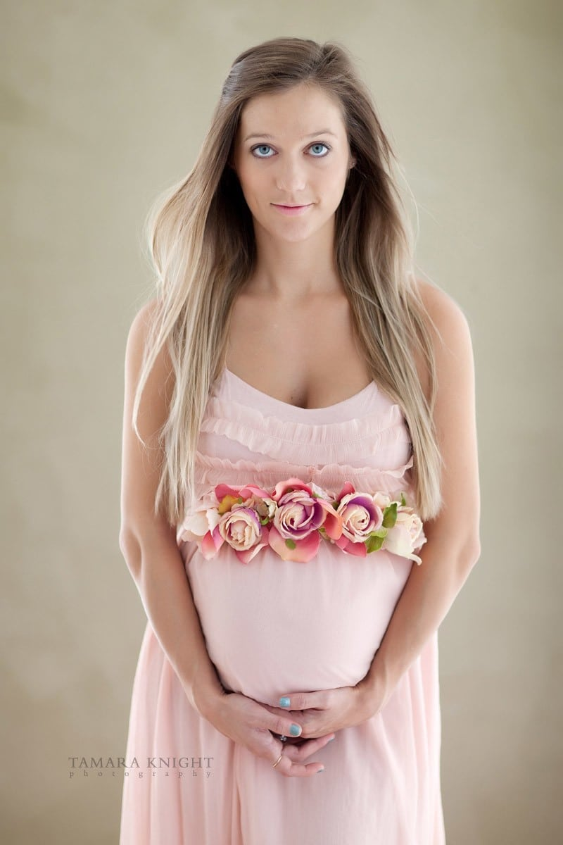 Maternity portrait OF a beautiful Mother-to-be in a pink dress by Orlando photographer, maternity Orlando