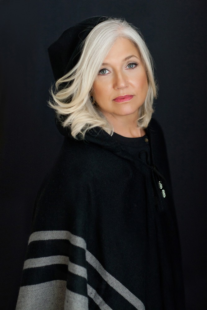 Beautiful portrait for a beautiful woman with grey hair by orlando beauty photographer