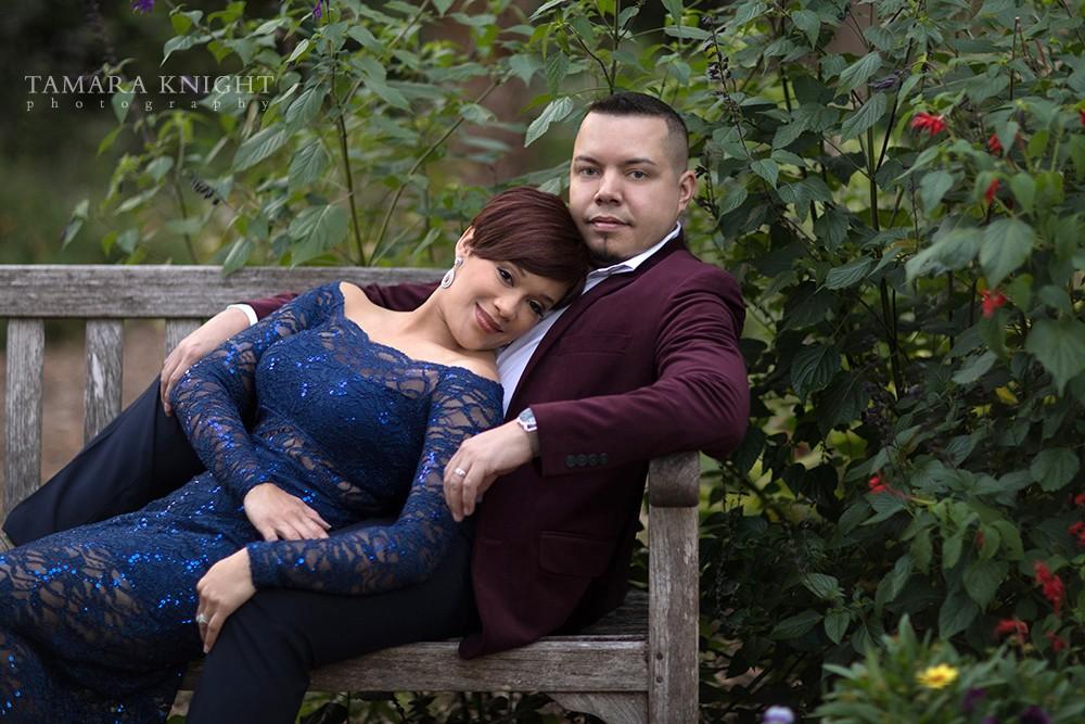couples-photoshoot-outside-bench | Tamara Knight Photography