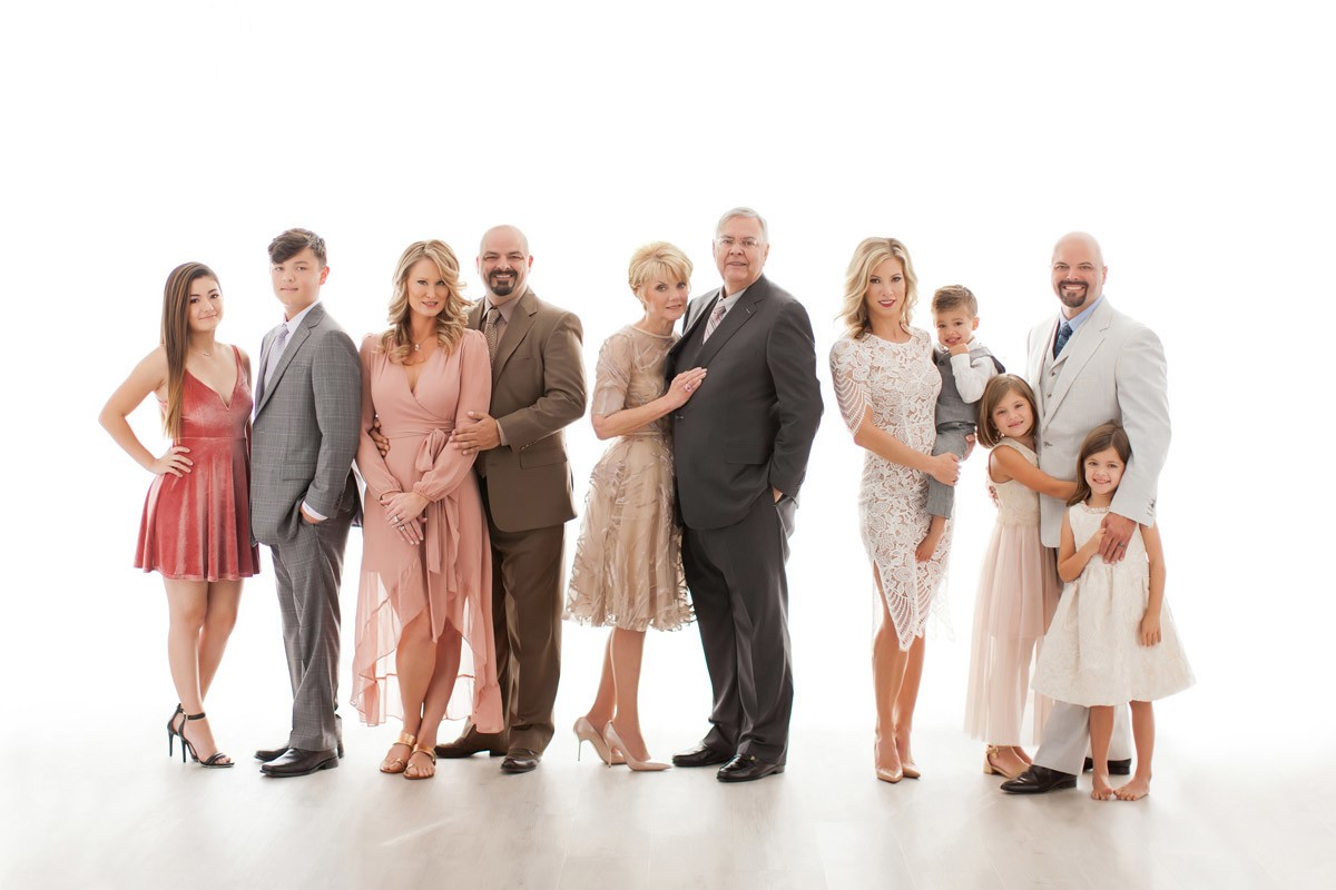 Beautiful family by Orlando photographer during their dream photoshoot