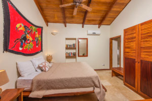 costa-rica-oceanfront-beach-house-rental-playa-grande-casa-costa-palmera-interior-02